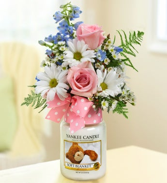 Soft Blanket? Yankee Candle� Girl Bouquet