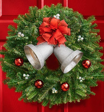 Season?s Greetings Wreath