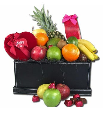 Valentines Fresh Fruit & Chocolate Hamper