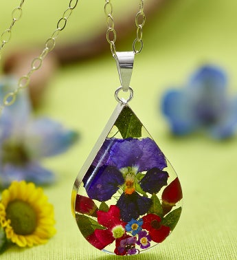 Fresh Pansy Teardrop Collection