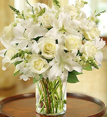 All White Classic Sympathy Arrangement